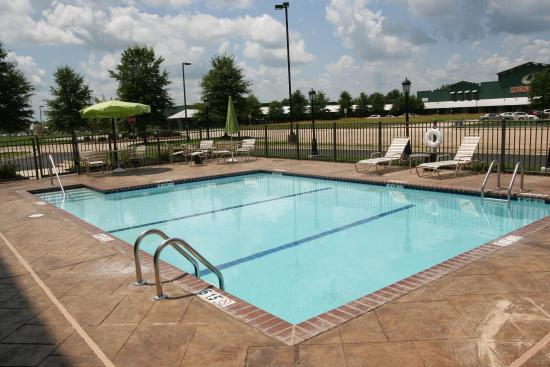 West Point, MS: Pool