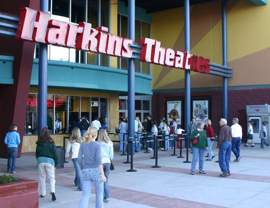 Hampton Inn & Suites Prescott Valley: Harkins Movie Theatre