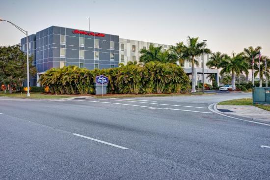 Photo of Hampton Inn & Suites Sarasota-Bradenton Airport