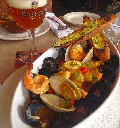 Photo of Belgian Restaurant Markt Restaurant at 676 Avenue Of The Americas, New York, NY 10010, United States