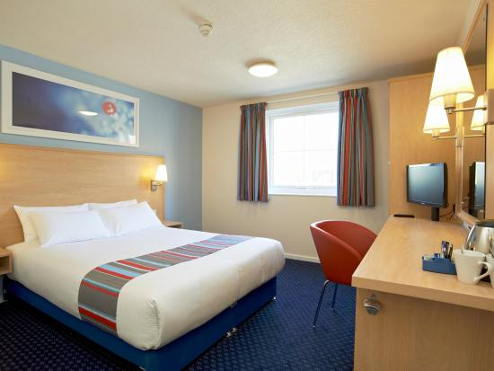 Travelodge St Austell Hotel : Double Room