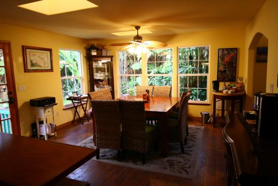 bamboo orchid cottage dining room picture of lava pond lodge rh tripadvisor com bamboo orchid cottage bed and breakfast bamboo orchid cottage hawaii