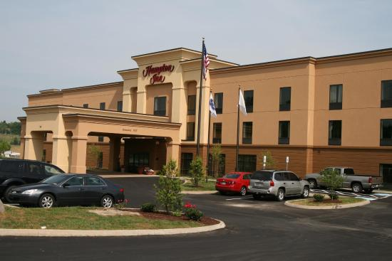 Hampton Inn Dandridge: Hotel Exterior