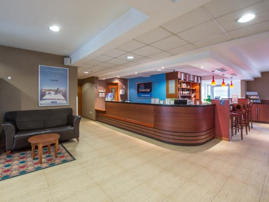 Travelodge Tewkesbury Hotel: Reception
