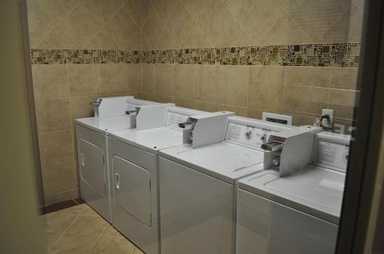 Pleasanton, Τέξας: Guest Laundry Room