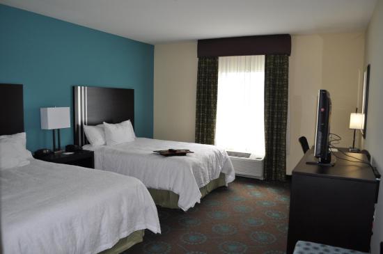 Pleasanton, Τέξας: 2 Queen Beds Guest Room