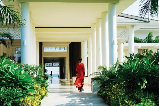 Princess D'An Nam Resort & Spa: Peaceful escape with four pools in lovely gardens