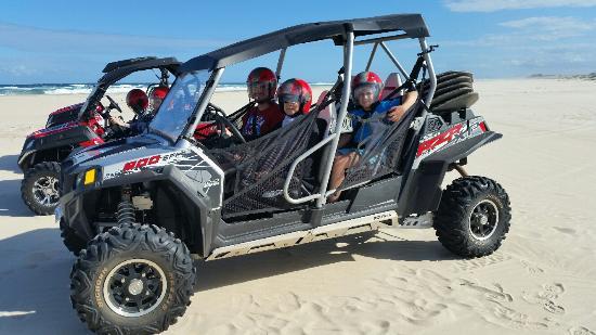 Gold Coast Island Buggy Tours: family buggiy