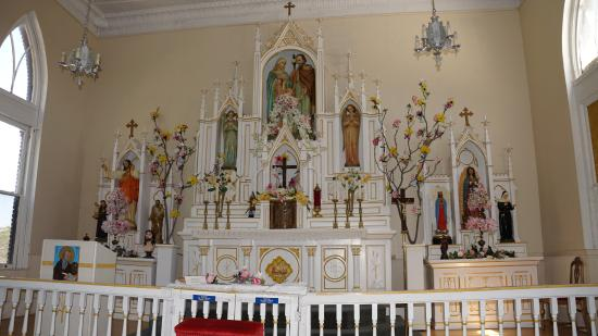 ' ' from the web at 'https://media-cdn.tripadvisor.com/media/photo-s/0b/3c/f0/bf/holy-family-catholic.jpg'
