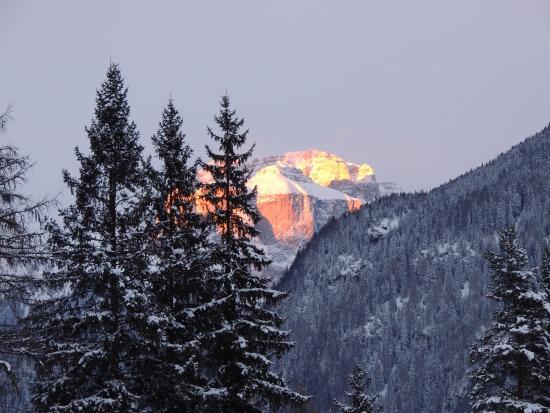 Family Hotel La Grotta: tramonto nei dintorni