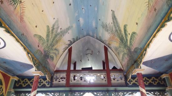 Honaunau, Havaí: The Painted Church