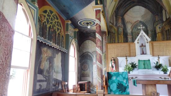 Honaunau, HI: The Painted Church