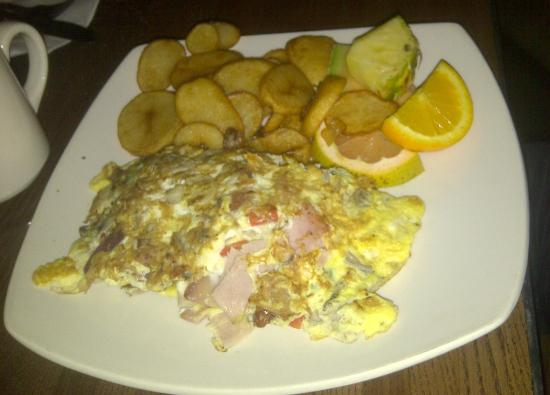 Moe's Bar & Grill: breakfast all-day