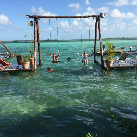 Swing over laguna bacalar picture of los aluxes bacalar for Swing over water