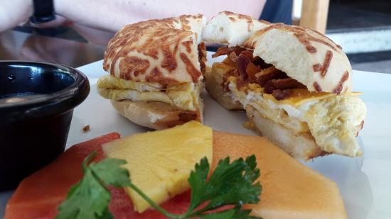 Serrano's Meat House: Breakfast at Serrano's