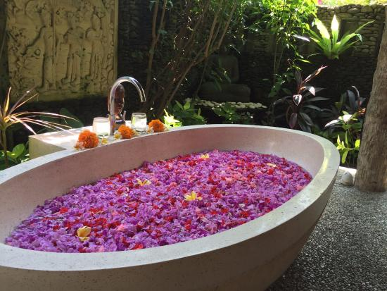 flower bath - Picture of Karsa Spa, Ubud - TripAdvisor