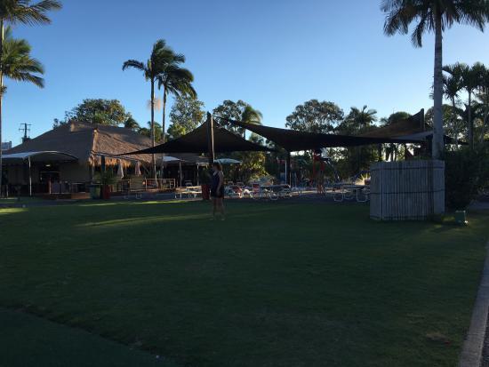 NRMA Treasure Island Resort & Holiday Park: Grassy area near the water park