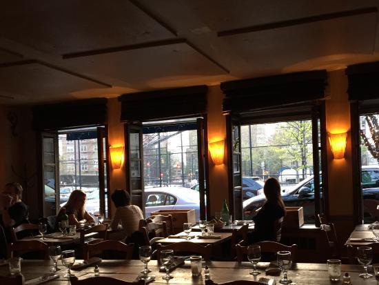 Chez Jacqueline: A lovely, lovely restaurant!