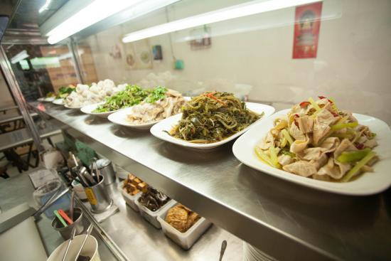 Kuo Meals: AM10:00營業,小菜備齊就定位了