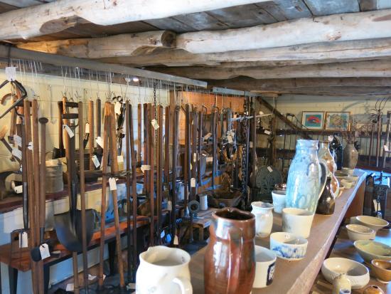 Geranium Cottage Cafe: Old Barn Antique Garden Tools