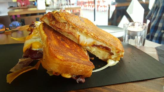Melt Grilled Cheesery
