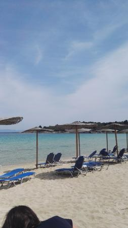 Chrousso Village: The main beach