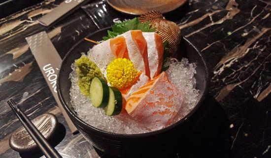 Uroko Japanese Cuisine: Salmon belly sashimi