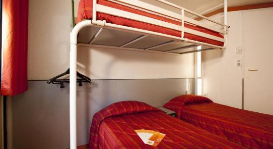 La Creche, France: chambre 3 personnes