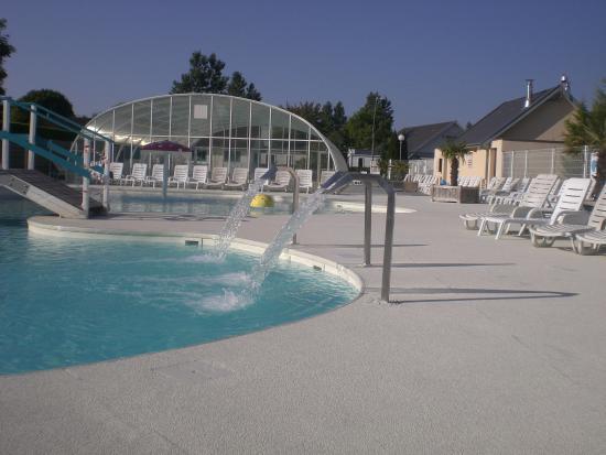 Le Royon: plage piscine