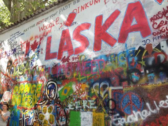 John Lennon Wall - Picture of John Lennon Pub, Prague - TripAdvisor