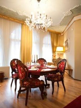 Villa Rococo: Restoran