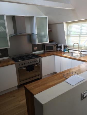 Ei8ht Brighton Apartments: photo1.jpg