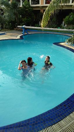 Jayakarta Villas Anyer Beach Resort, Boutique Suites & Spa : IMG_20160512_163209_large.jpg