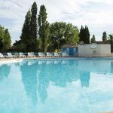 Apartamentos Maeva Club L'Estajan: piscine
