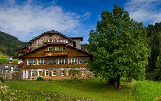 Mountain Hotel Zaluna: Zaluna d'estate