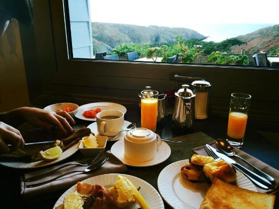 Bangor, Frankrike: Завтрак