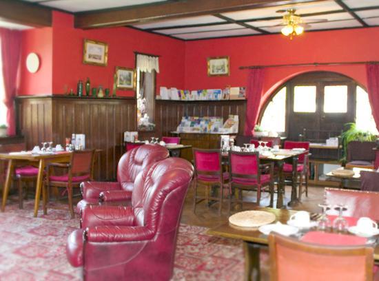 Overstrand, UK: Danum House B&B spacious dining room