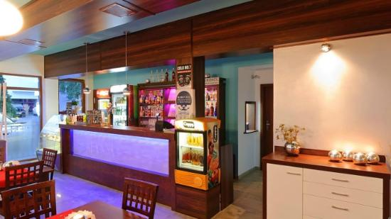 Sarbinowo, โปแลนด์: Restauracja - Bar