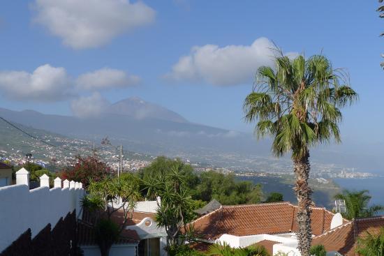 Jardin de La Paz: Blick auf Teide und Puerto de la Cruz