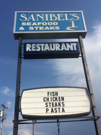 Sanibel's: Sign out front