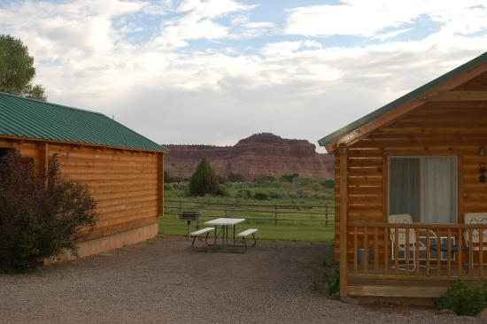 Amazing scenery picture of cowboy homestead cabins for Torrey utah lodging cabins