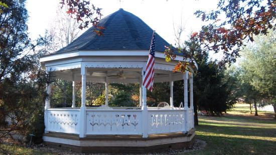 Caledonia, MO: Our beautiful gazebo, perfect for weddings!