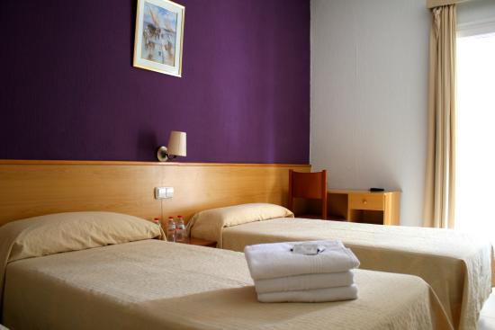 Hotel Sant Jordi: HAB DOBLE STANDART