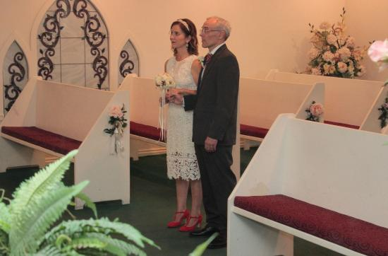 Cupids Wedding Chapel Photo