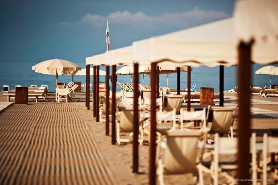 Bagno sandra in forte dei marmi foto di hotel palazzo guiscardo pietrasanta tripadvisor - Bagno piero forte dei marmi prezzi ...
