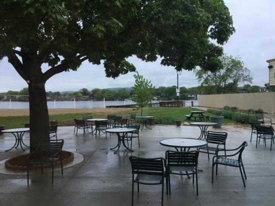 AmericInn Hotel U0026 Conference Center La Crosse   Riverfront: Tiki Bar    River View Patio