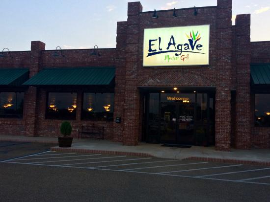 New Albany, MS: El Agave Mexican Grill