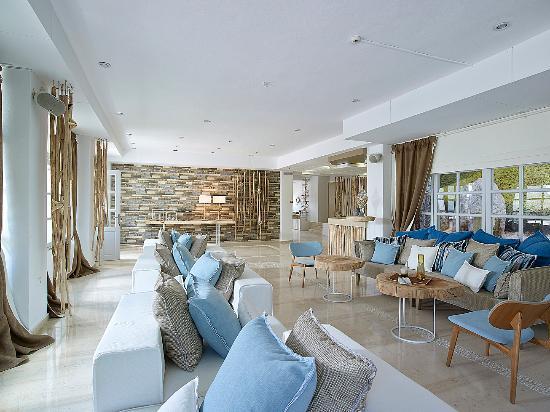 Foto de Kythnos Bay Hotel