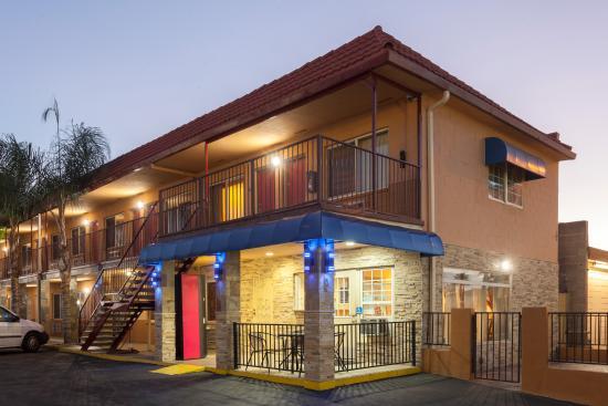 埃爾卡洪旅遊賓館
