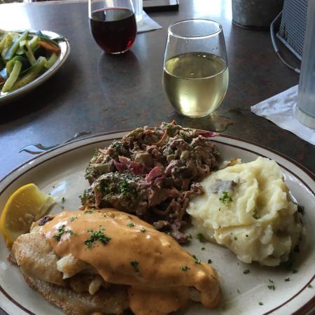 Big Fish Seafood Grill & Bar: photo1.jpg